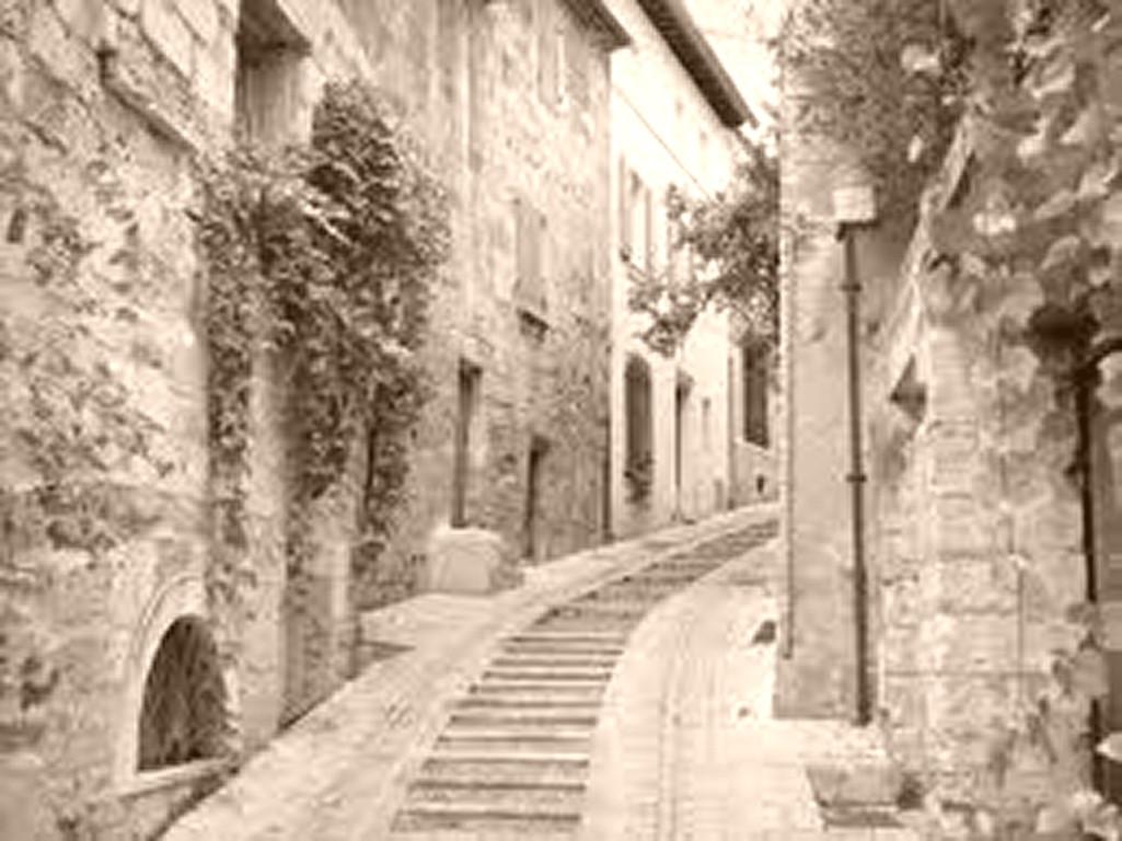 Rue d'un village languedocien